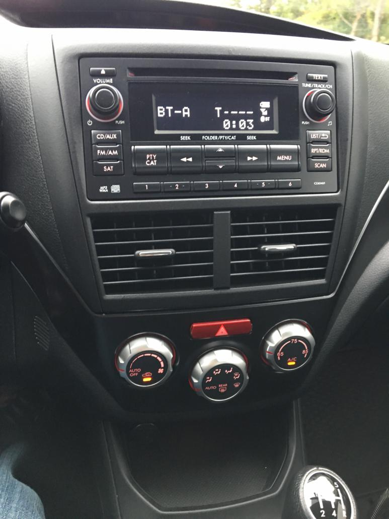 Click image for larger version.  Name:center-console-trim.jpg Views:127 Size:81.2 KB ID:272306