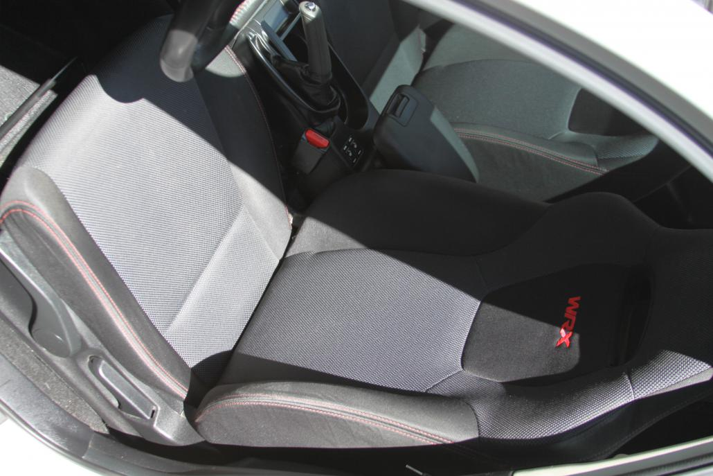 Click image for larger version.�  Name:interior driver.jpg� Views:12� Size:89.5 KB� ID:268482
